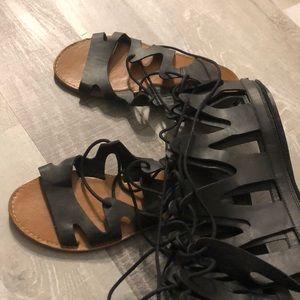 High Knee Black Gladiator Sandals